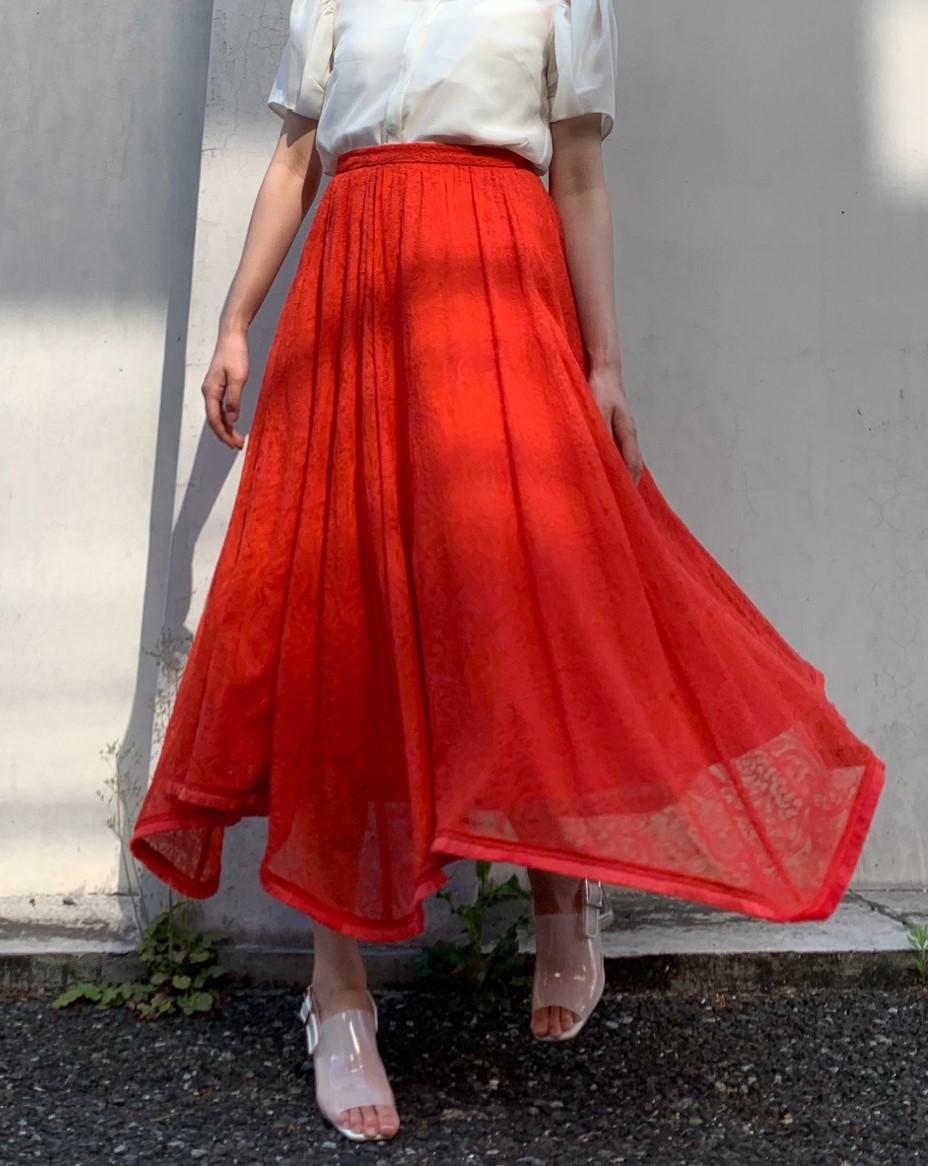 シアー刺繍スカート