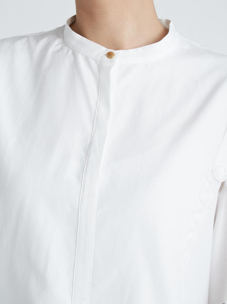 コットンシルク刺繍ブラウス   CWFB214039