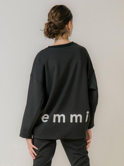 【emmi atelier】ダンボールニットロゴトップス(BLK-0)