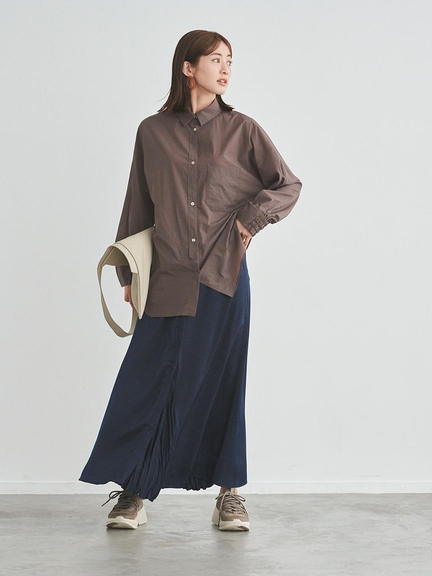 【emmi atelier】センター切替えサテンスカート(NVY-0)