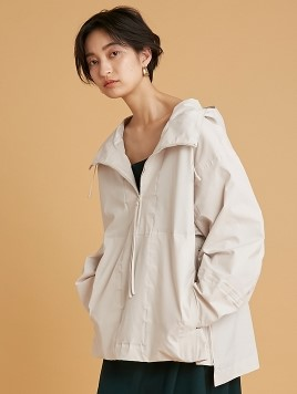 【emmi atelier】アノラックジャケット(BEG-F)