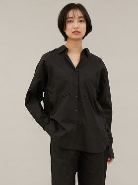 【emmi atelier】pocketable ビックシャツ(BLK-F)
