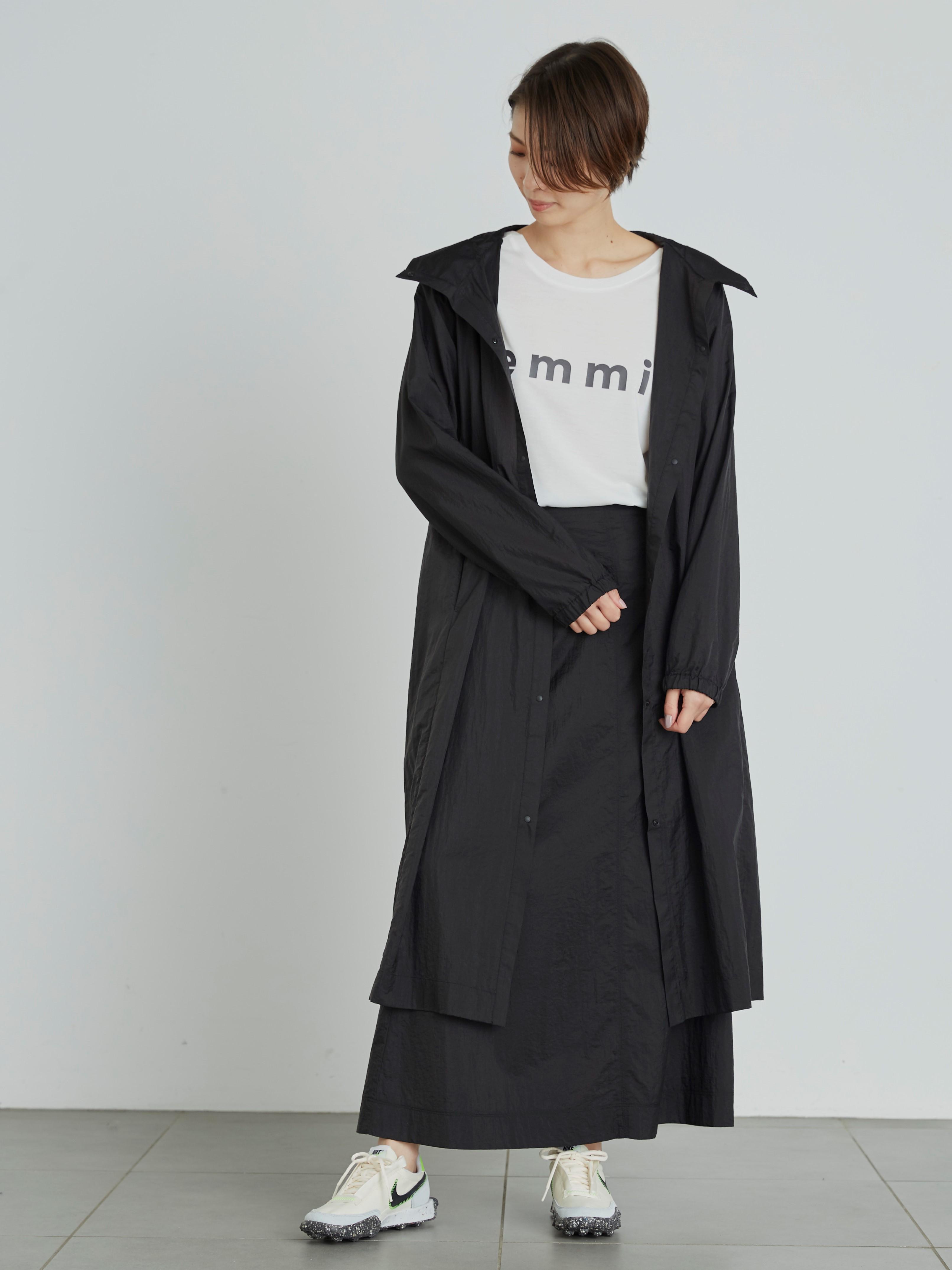 【emmi atelier】pocketable フーディーコート(BLK-F)