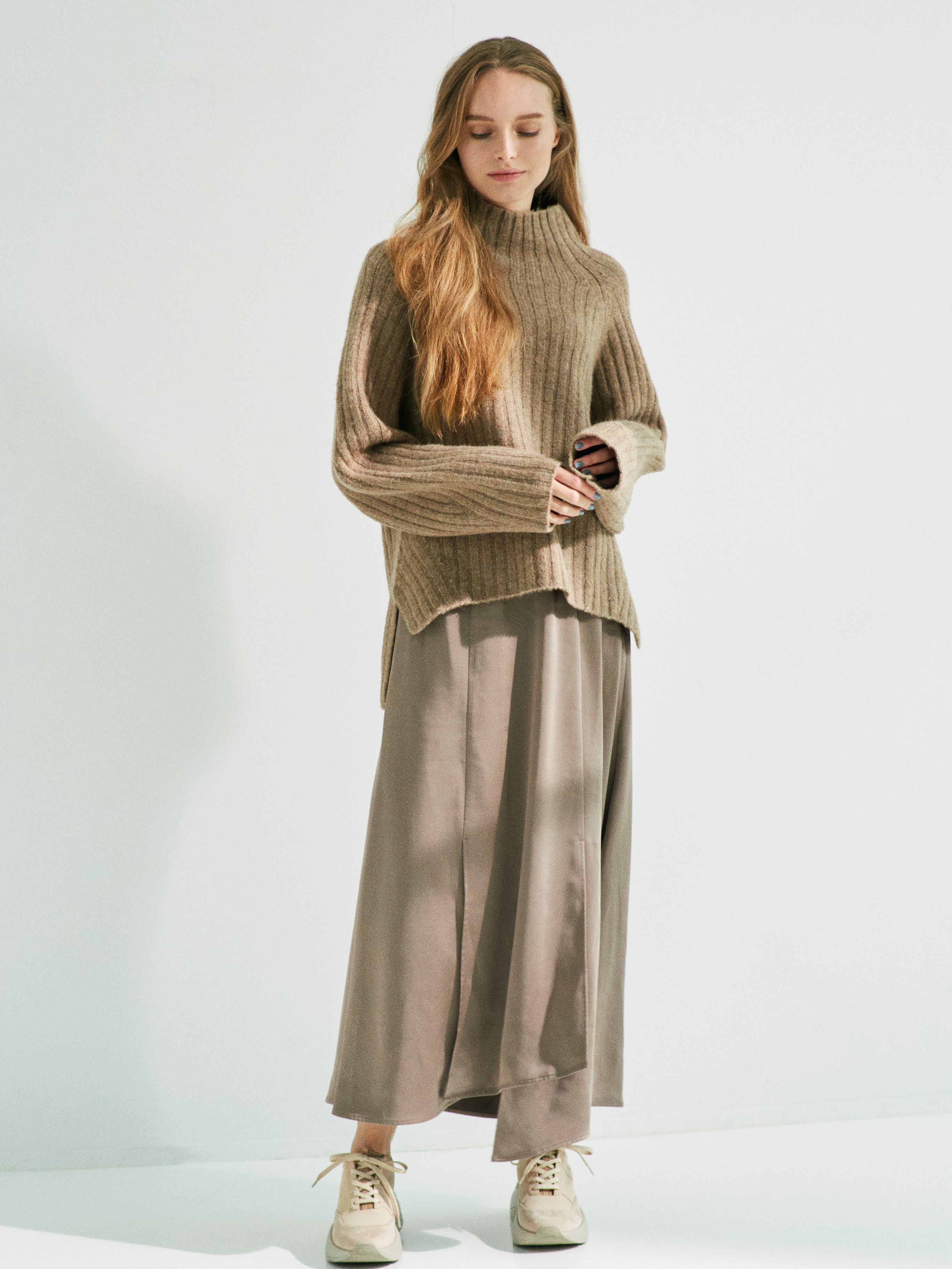 【emmi atelier】リブニットサテンスカートset(MOC-0)
