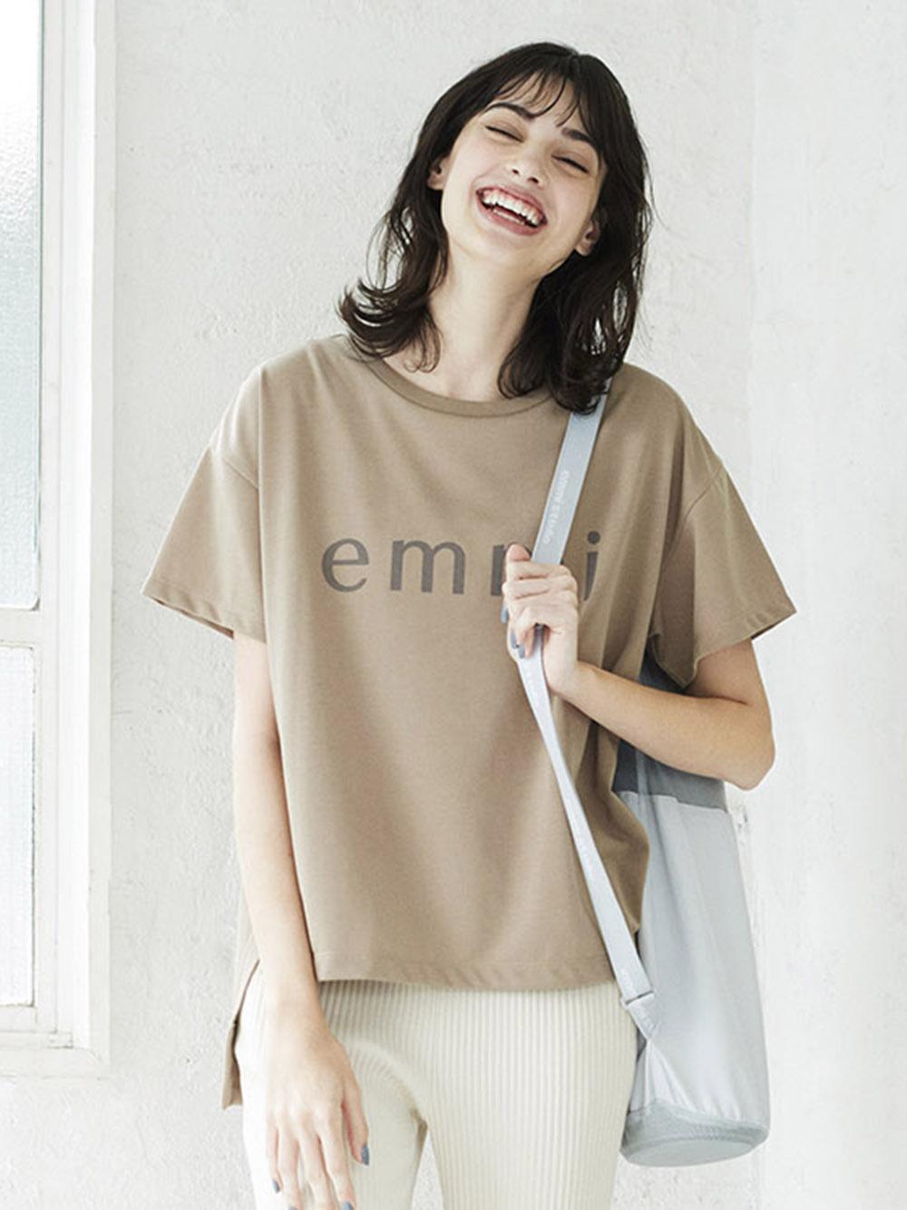 【emmi yoga】emmiロゴECO Tシャツ(BEG-F)
