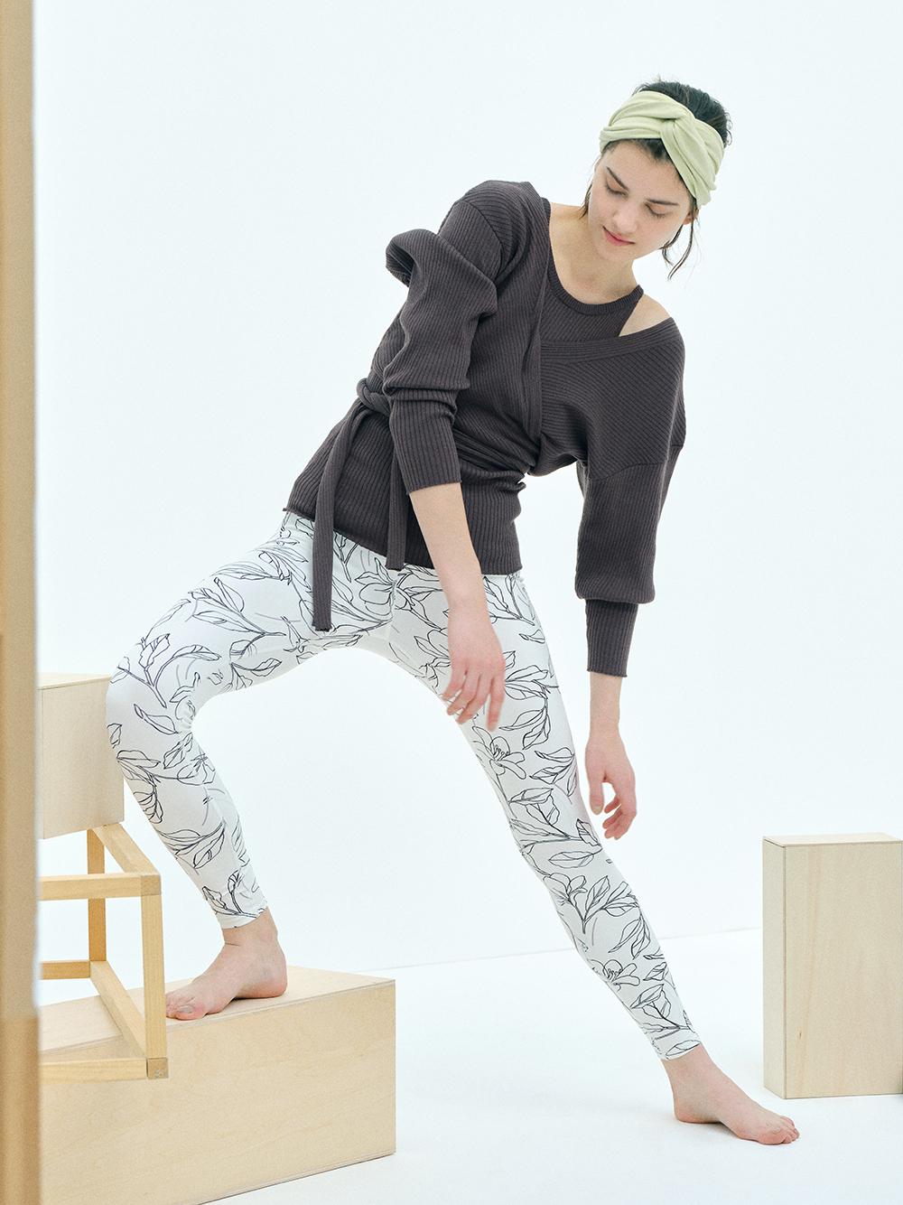 【emmi yoga】サステナブルカシュク―ルニットカーディガン(BRW-F)