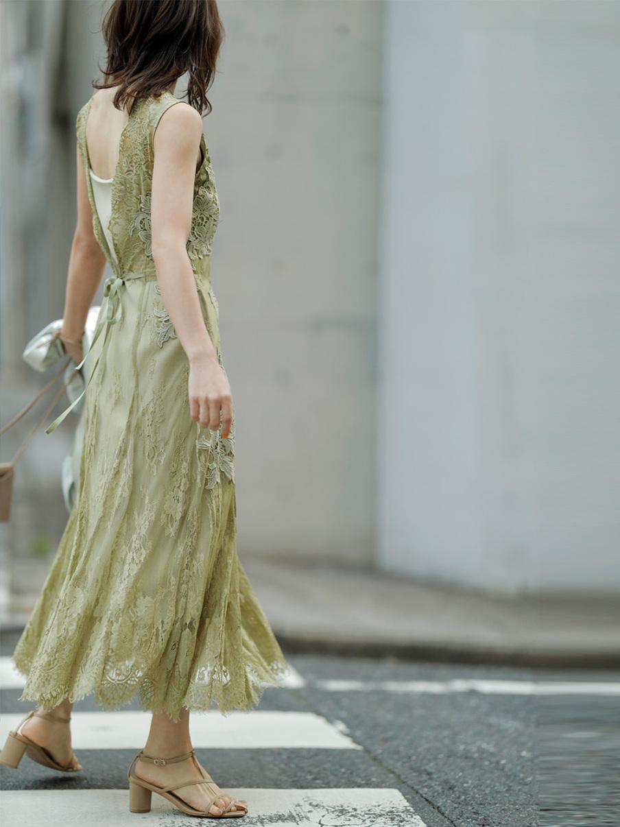レースモチーフドレス