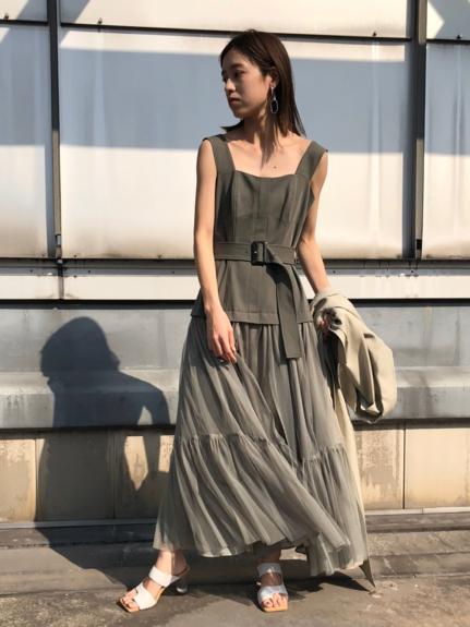 チュールスカートタイトドレス