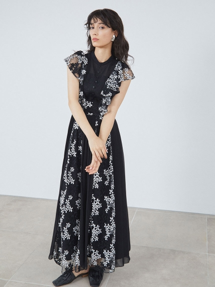 エンブロイダリ―プリーツドレス