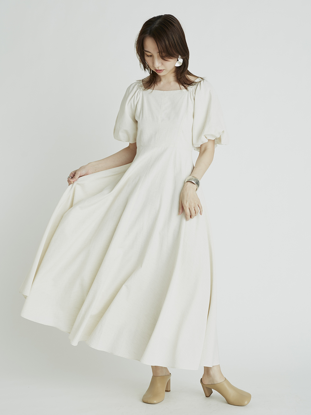 パフスリーブワンピース(【オフィシャルEC/博多阪急店限定】IVR-0)