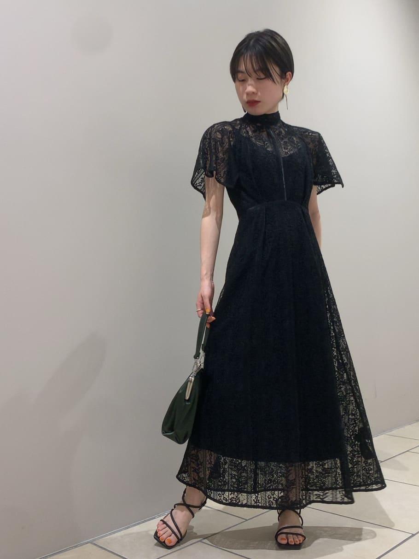 フローティング刺繍ドレス(BLK-0)