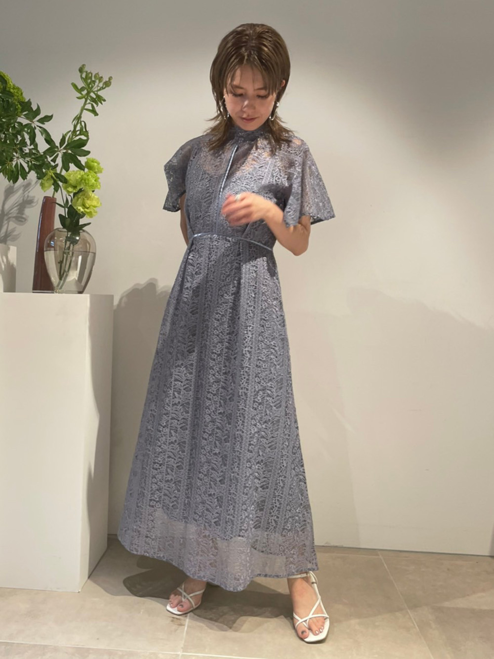 フローティング刺繍ドレス(BLU-0)