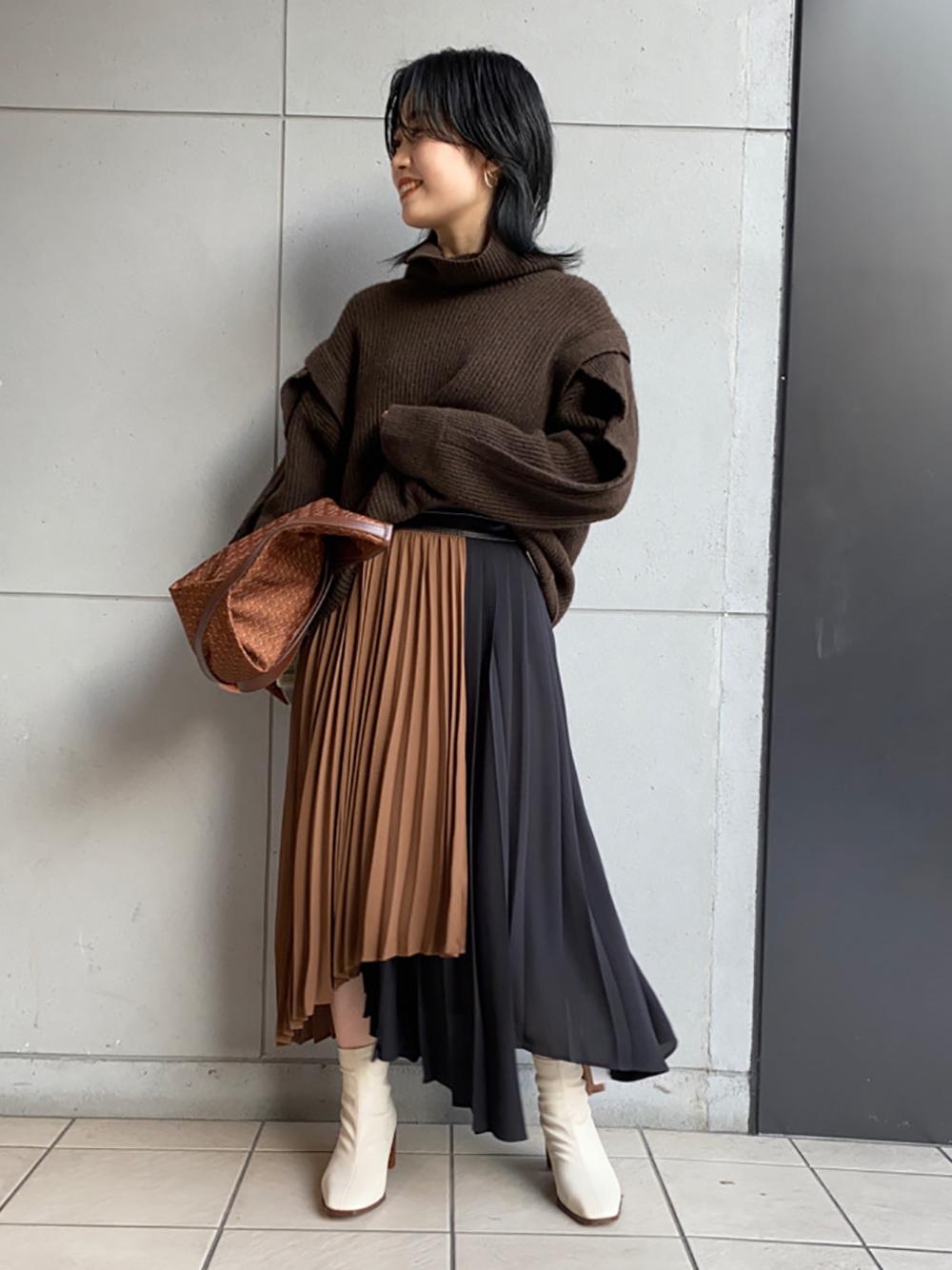 プリーツバイカラースカート