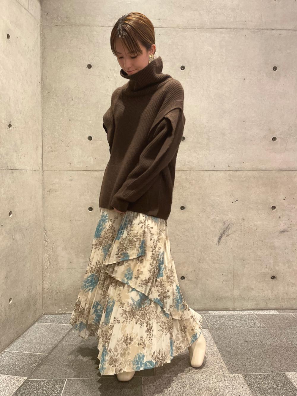 フラワープリントアシメプリーツスカート