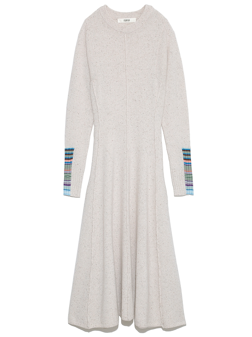 マルチボーダースリーブドレス