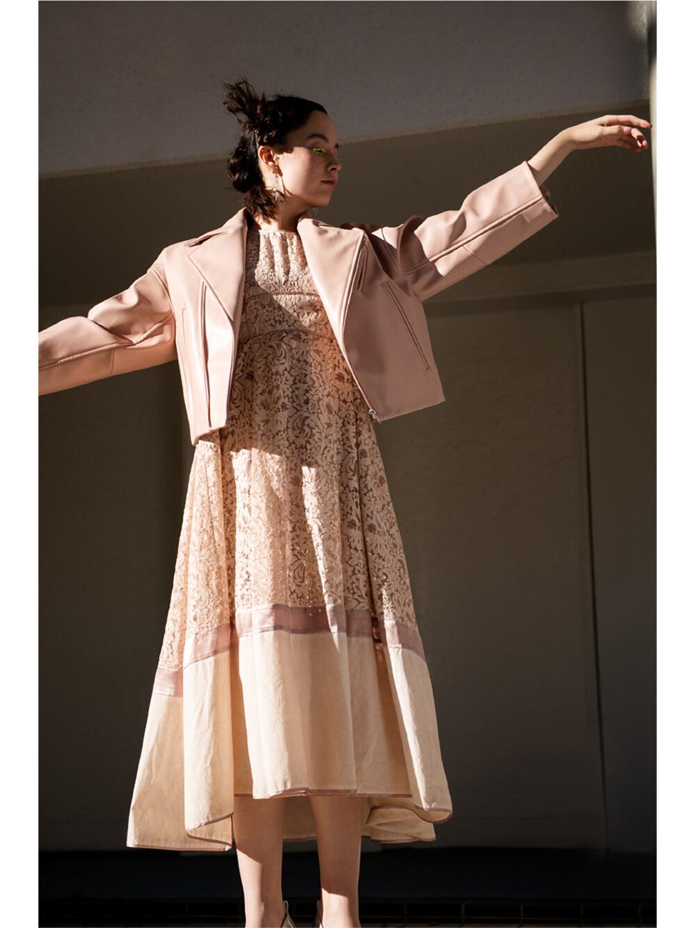 タックノースリーブレースドレス | RWFO211036