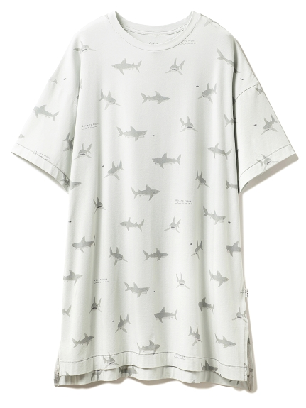 シャークモチーフドレス
