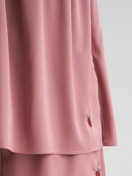 ストロベリー刺繍サテンキャミソール | PWFT211243