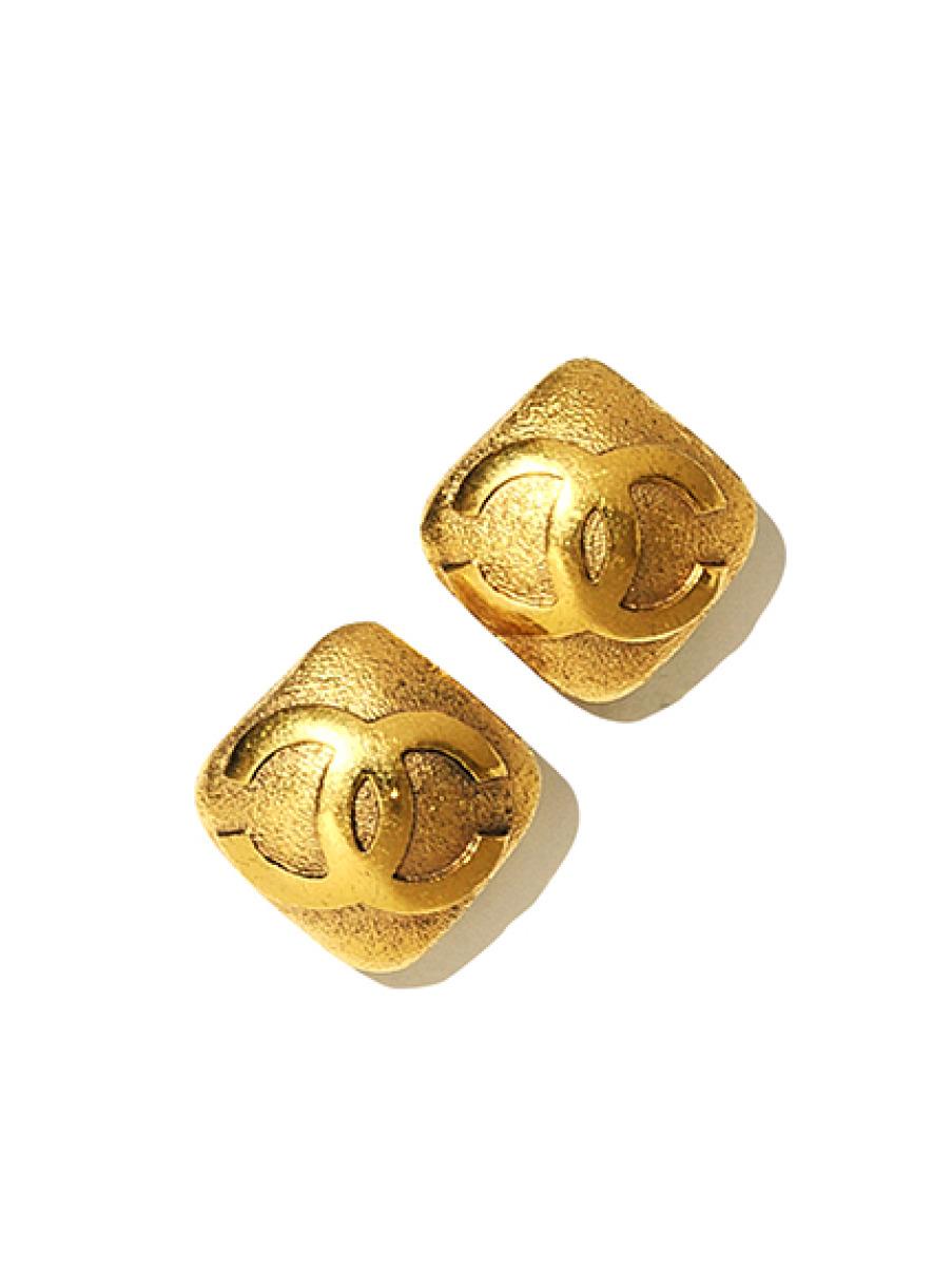 CHANEL ココマークダイヤ型イヤリング(--F)
