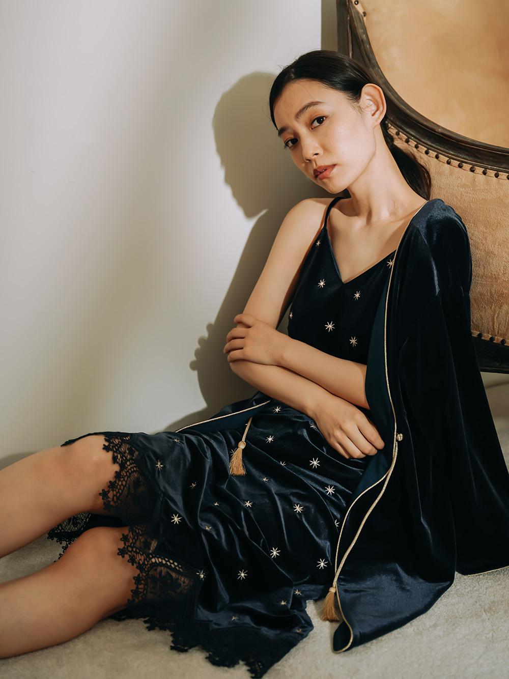 ベロア刺繍キャミワンピース(NVY-F)