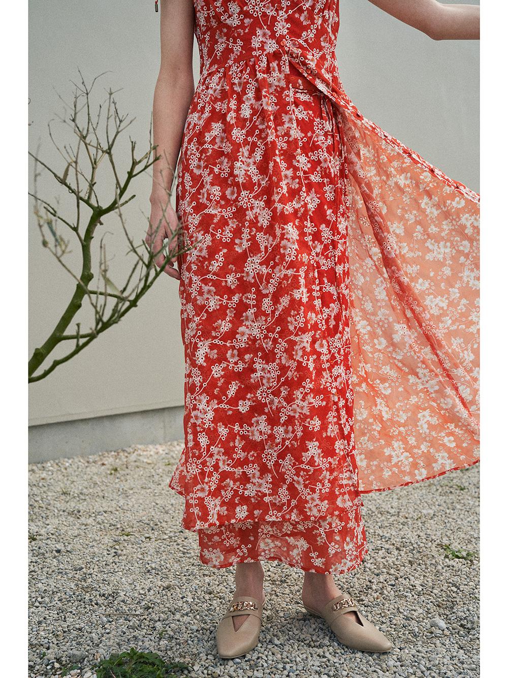 刺繍花柄ロングスカート