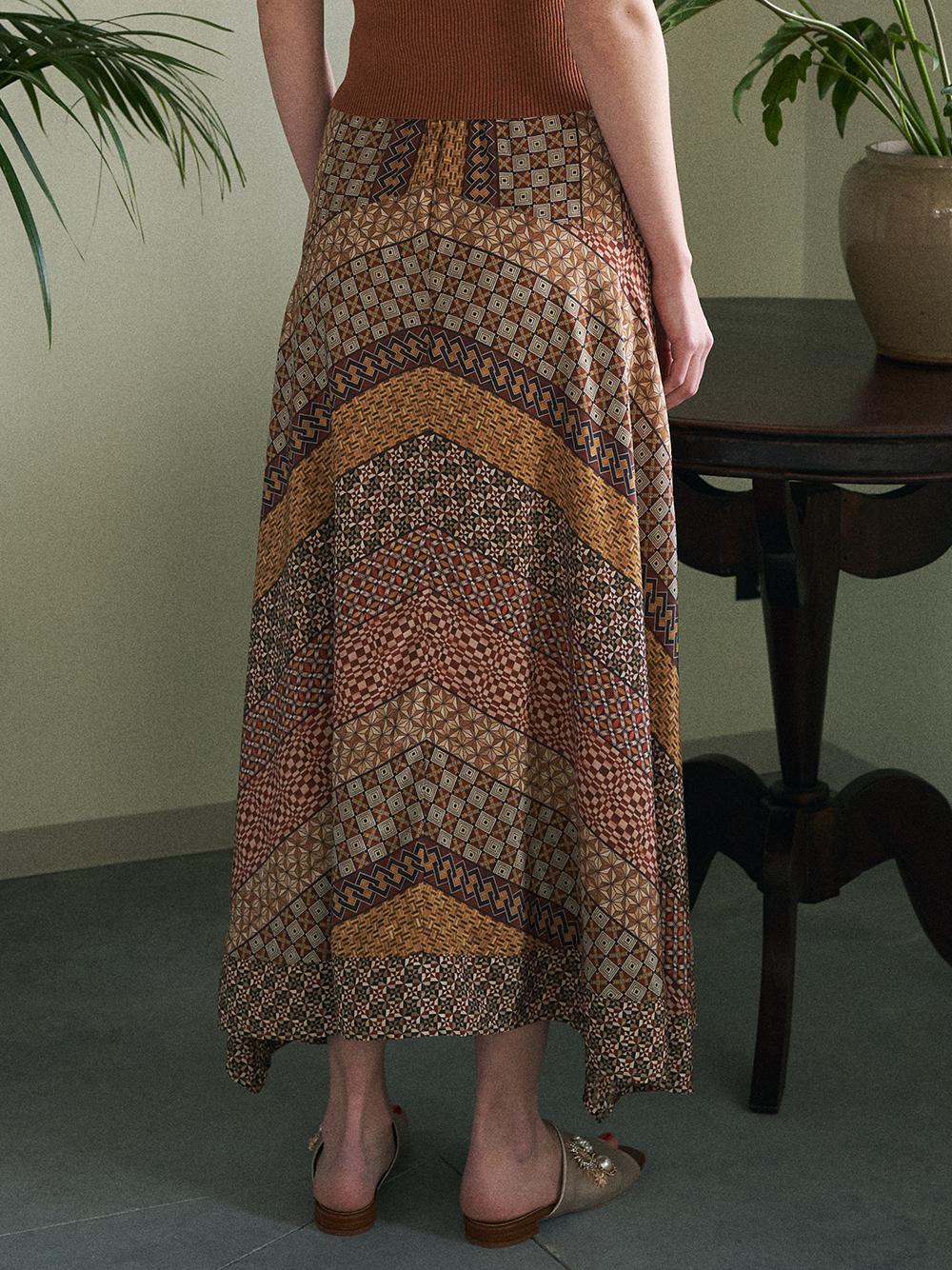寄木細工柄フレアスカート