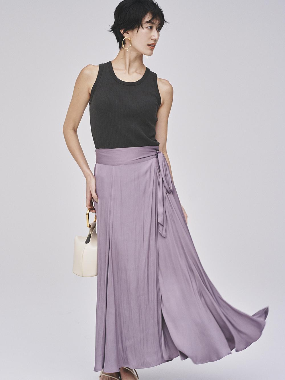 サテンマキシ丈巻きスカート