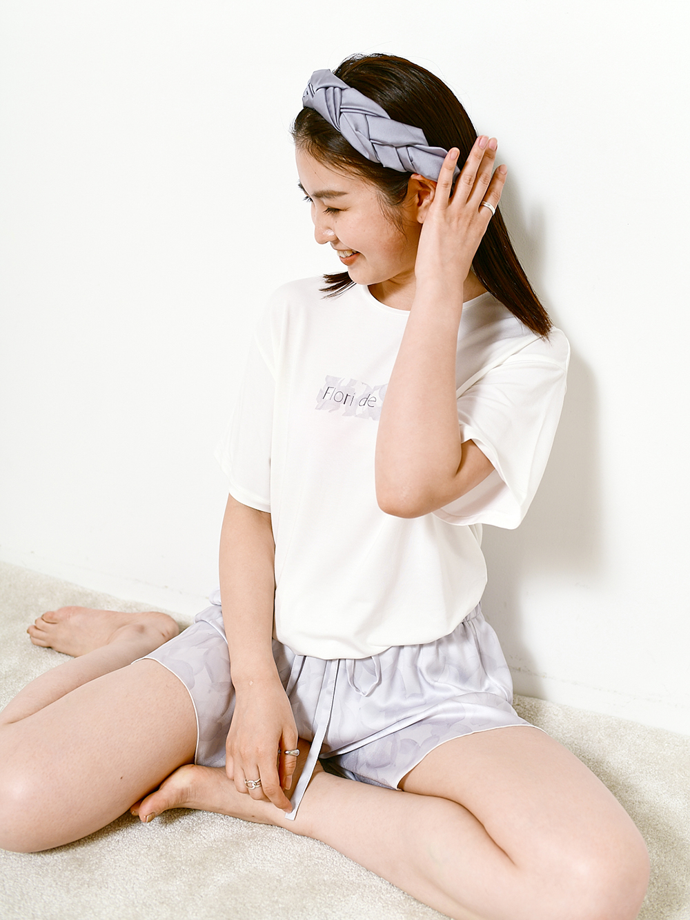 【SAKURA COLLECTION】 レーヨンロゴTシャツ(WHT-F)