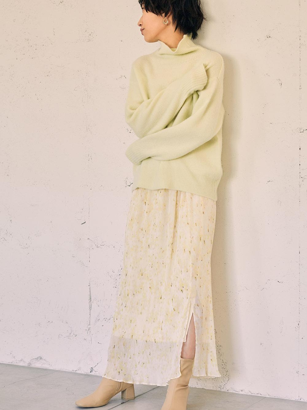 シフォンプリーツプリントタイトスカート