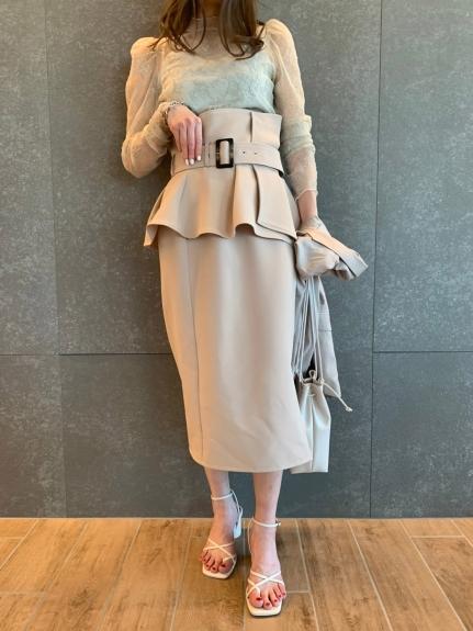 【ONLINE限定】コルセットベルトタイトスカート