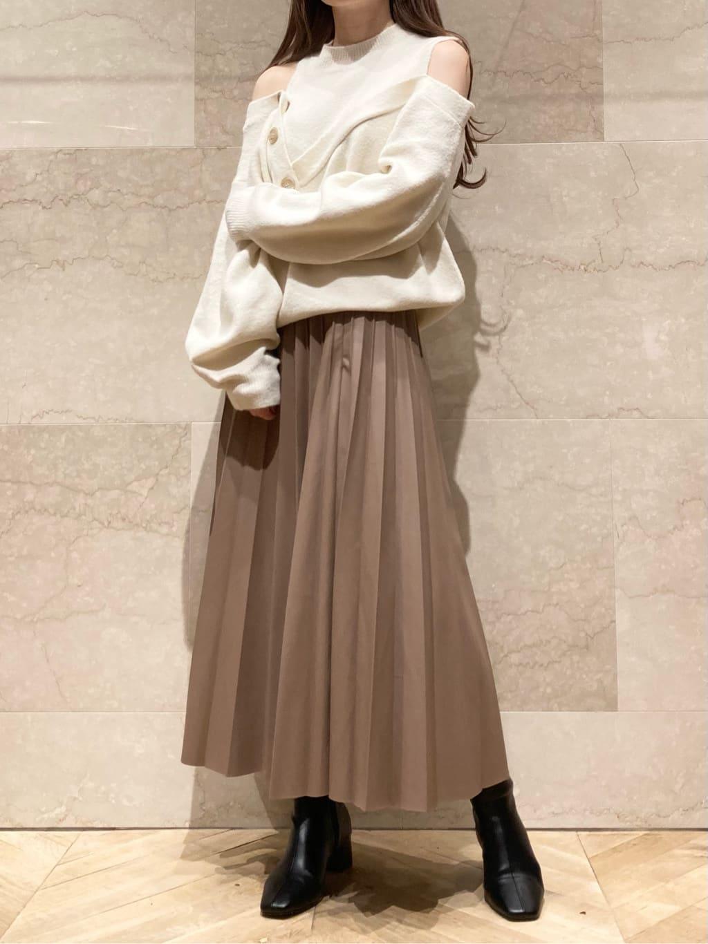 レザープリーツスカート(MOC-【ONLINE限定】00)